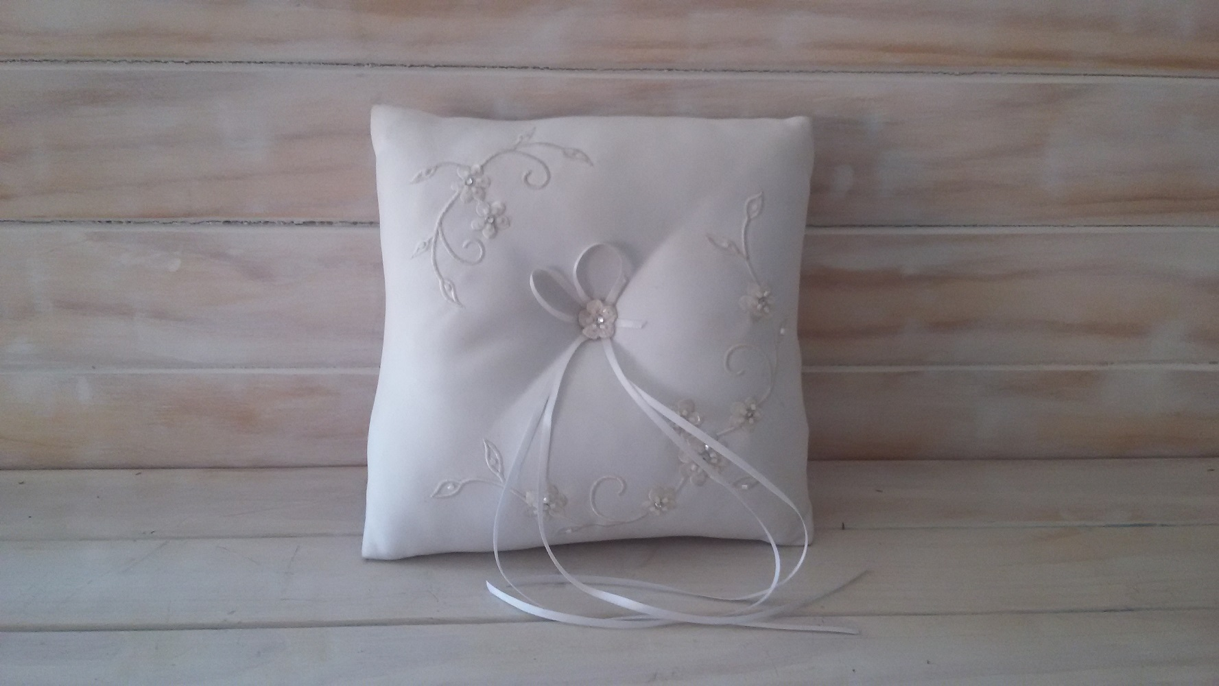 heart ring double fashion pillow pillows bearer cushion wedding satin store bridal product crystal white ceremony