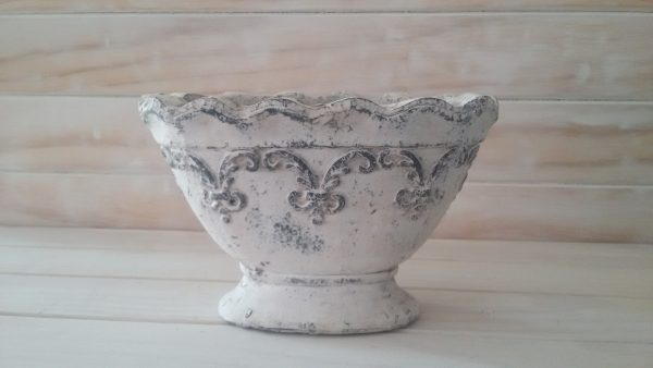Footed Feather Pot(Oval Shaped)